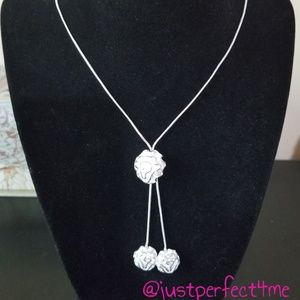 Jewelry - 🎁Holiday Gift🎁 3D Rose Necklace